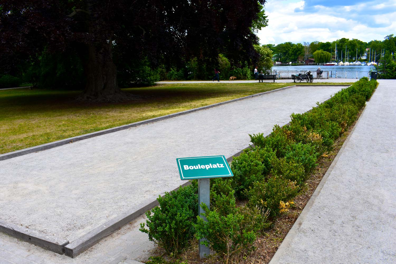 """Grünanlage Regattastrecke """"Bouleplatz"""""""